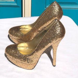 Breckelle's Gold Glitter Stilettos Heels Wm 6.5